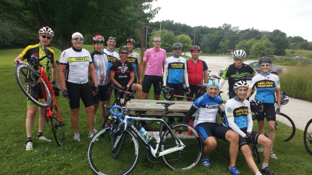 Velo Club Roubaix - Group at Ivanhoe rest stop