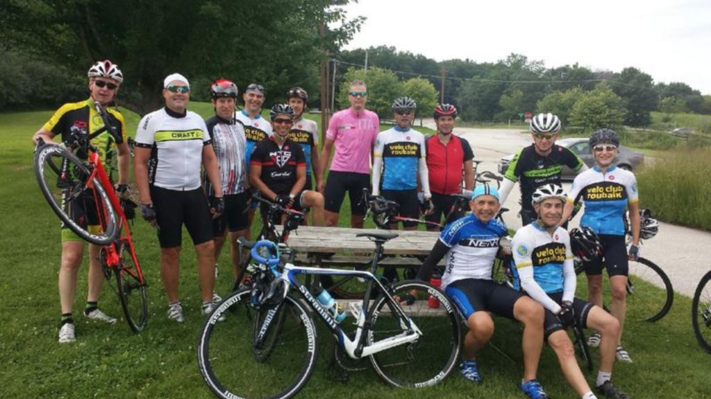 Velo Club Roubaix - Group at Ivanhoe rest stop